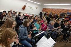 ... denn der Musikraum der Helene-Lange-Schule platzt aus allen Nähten!
