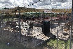... bauten die Aktiven der Taunusmusikanten auf dem Gelände des Büble Sommerbiergartens auf.